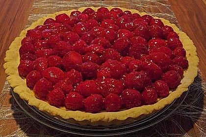 Erdbeertarte mit weißer Schokoladencreme 16
