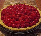 Erdbeertarte mit weißer Schokoladencreme (Bild)