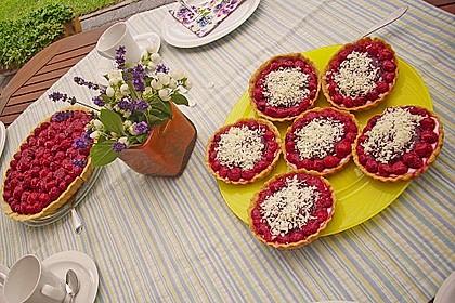Erdbeertarte mit weißer Schokoladencreme 6