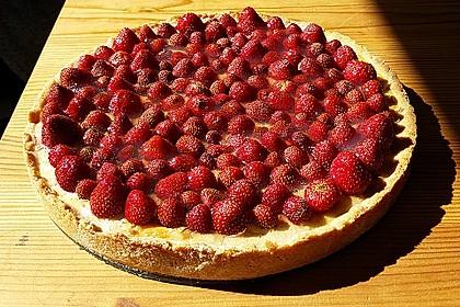 Erdbeertarte mit weißer Schokoladencreme 5