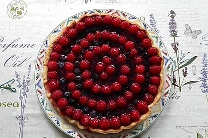 Erdbeertarte mit weißer Schokoladencreme 3