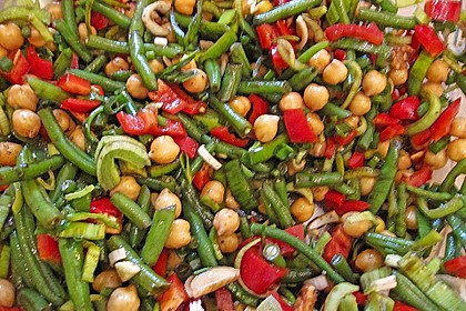 Bohnen - Tomaten - Salat mit Kichererbsen 1