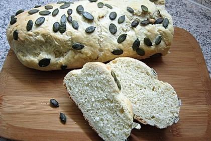 Frischkäsebrotstange mit Sesamkruste 11