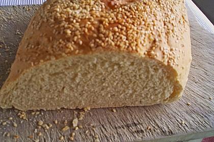 Frischkäsebrotstange mit Sesamkruste 30