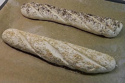 Frischkäsebrotstange mit Sesamkruste 24