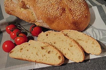 Frischkäsebrotstange mit Sesamkruste