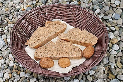 Frischkäsebrotstange mit Sesamkruste 10