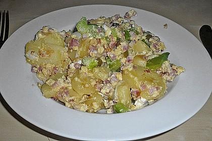 Kartoffel - Paprika Pfanne mit Schafskäse 16