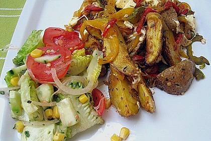 Kartoffel - Paprika Pfanne mit Schafskäse 0