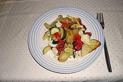 Kartoffel - Paprika Pfanne mit Schafskäse 9