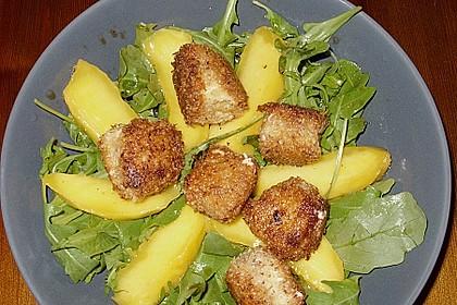 Blattsalat mit Mango und Schafskäse 49