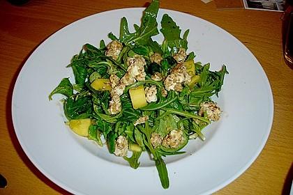 Blattsalat mit Mango und Schafskäse 36