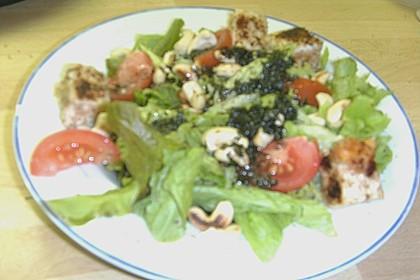Blattsalat mit Mango und Schafskäse 60