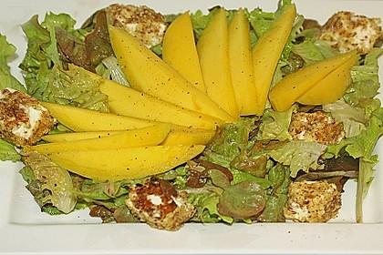 Blattsalat mit Mango und Schafskäse 13