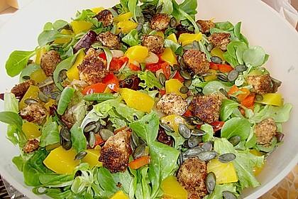 Blattsalat mit Mango und Schafskäse 3