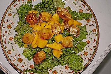 Blattsalat mit Mango und Schafskäse 21