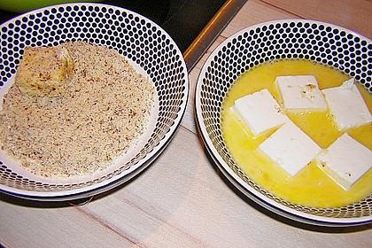 Blattsalat mit Mango und Schafskäse 50