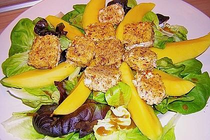 Blattsalat mit Mango und Schafskäse 5