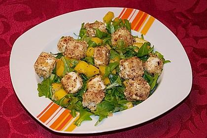 Blattsalat mit Mango und Schafskäse 14