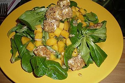 Blattsalat mit Mango und Schafskäse 15