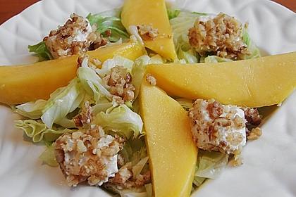 Blattsalat mit Mango und Schafskäse 20