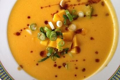 Möhren - Kokos - Suppe mit Mango 3