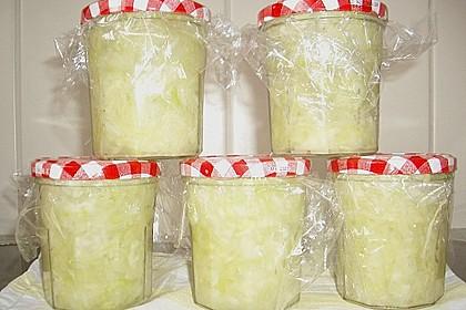 Sauerkraut in einem Glas selbst gemacht 36