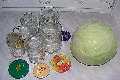 Sauerkraut in einem Glas selbst gemacht 32