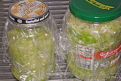Sauerkraut in einem Glas selbst gemacht 46