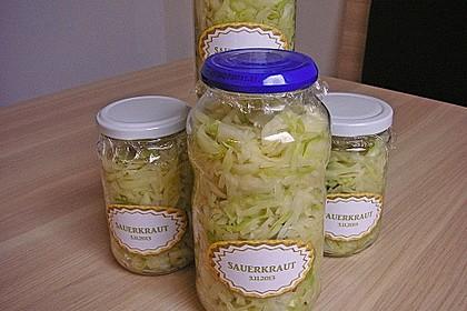 Sauerkraut in einem Glas selbst gemacht 9