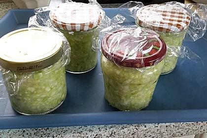 Sauerkraut in einem Glas selbst gemacht 24
