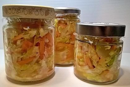 Sauerkraut in einem Glas selbst gemacht 6