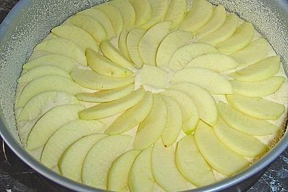 Einfacher versunkener Apfelkuchen 55