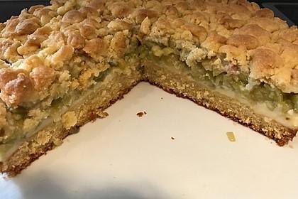 Rhabarberkuchen mit Vanillecreme und Streusel 28