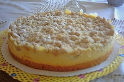 Rhabarberkuchen mit Vanillecreme und Streusel 215