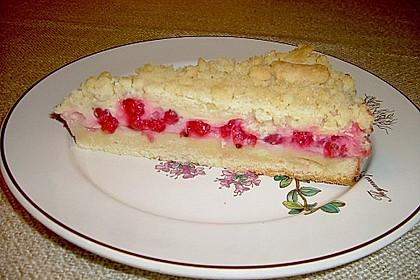 Rhabarberkuchen mit Vanillecreme und Streusel 99