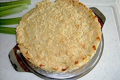 Rhabarberkuchen mit Vanillecreme und Streusel 159