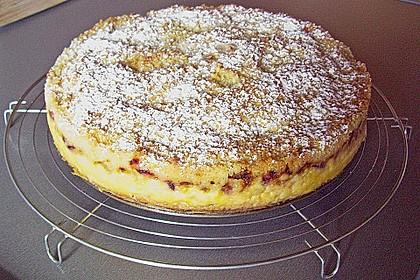 Rhabarberkuchen mit Vanillecreme und Streusel 126