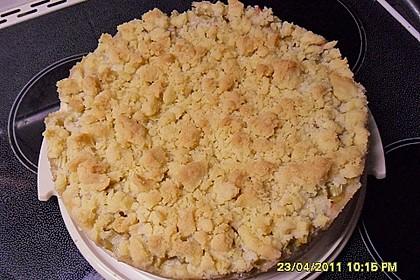 Rhabarberkuchen mit Vanillecreme und Streusel 162