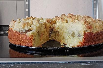 Rhabarberkuchen mit Vanillecreme und Streusel 206
