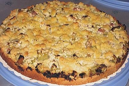 Rhabarberkuchen mit Vanillecreme und Streusel 156
