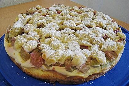 Rhabarberkuchen mit Vanillecreme und Streusel 144
