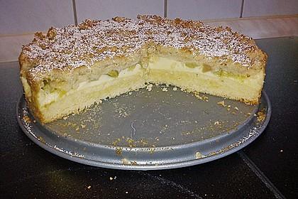 Rhabarberkuchen mit Vanillecreme und Streusel 56
