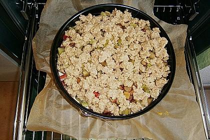 Rhabarberkuchen mit Vanillecreme und Streusel 140