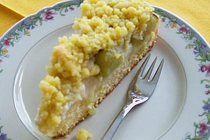 Rhabarberkuchen mit Vanillecreme und Streusel 178