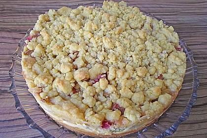 Rhabarberkuchen mit Vanillecreme und Streusel 124