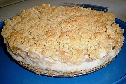 Rhabarberkuchen mit Vanillecreme und Streusel 158