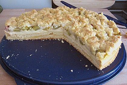 Rhabarberkuchen mit Vanillecreme und Streusel 132