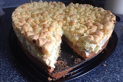 Rhabarberkuchen mit Vanillecreme und Streusel 142