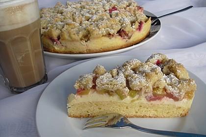Rhabarberkuchen mit Vanillecreme und Streusel 42